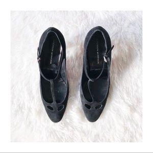 Sigerson Morrison Black T-Strap Heel Suede 8.5